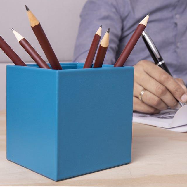 Square pen holder